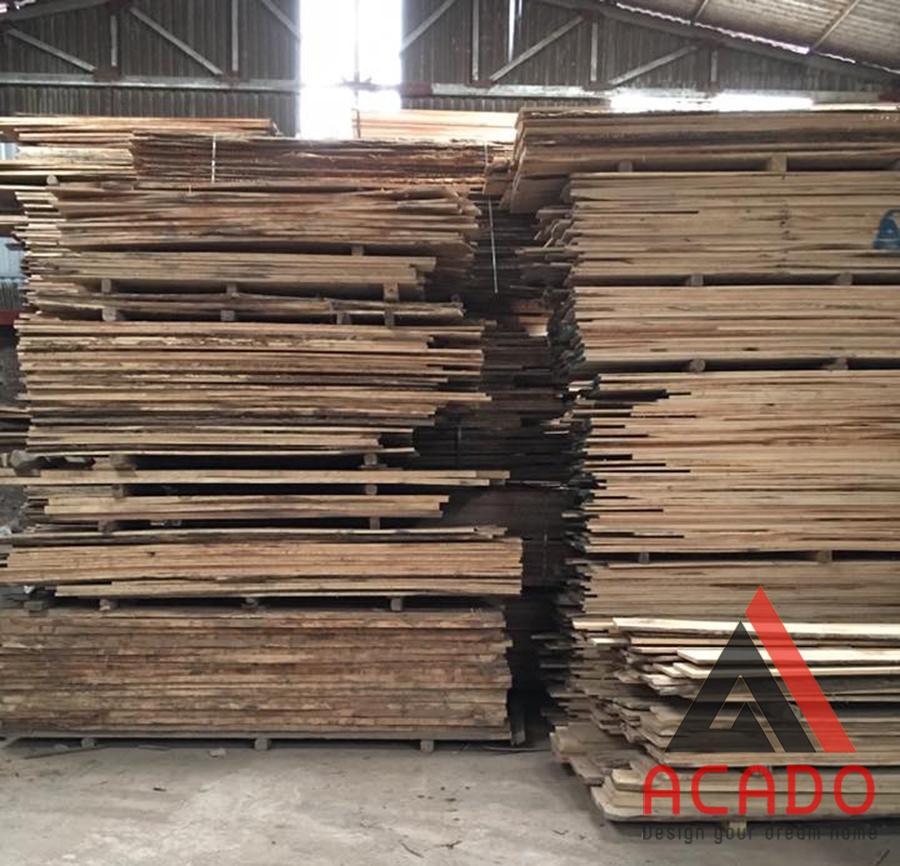 Kho gỗ của Acado được nhập về liên tục