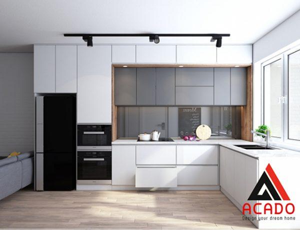 Tủ bếp Acrylic màu trắng kết hợp với màu ghi tạo điểm nhấn
