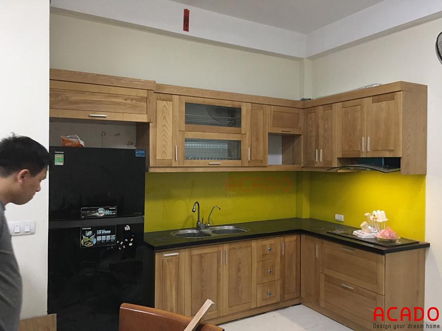 Hình ảnh tủ bếp được lắp đặt hoàn thiện