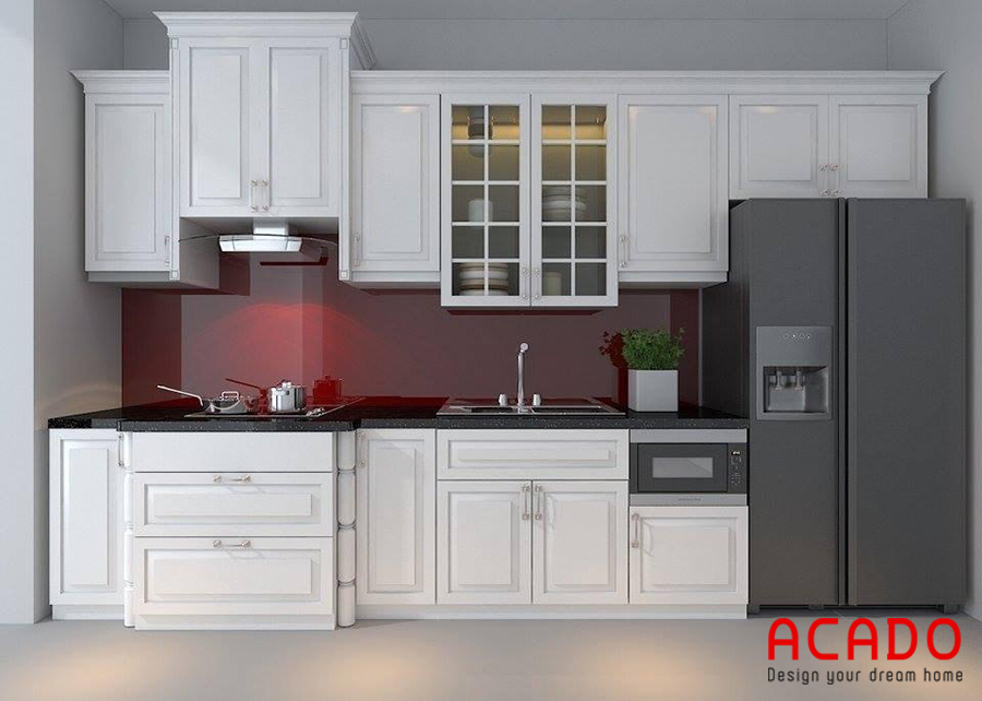 Thiết kế tủ bếp gỗ tự nhiên sơn phủ màu trắng phong cách tân cổ điển.