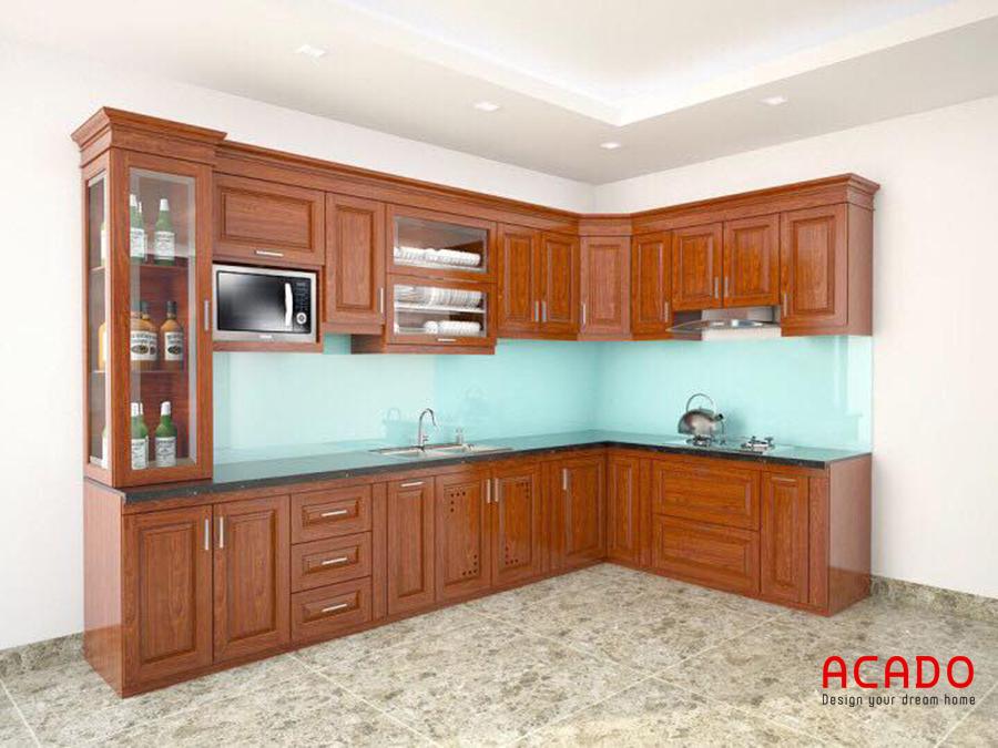 Mẫu tủ bếp gỗ xoan đào hình chữ L màu cánh dán đậm sang trọng, tiện nghi