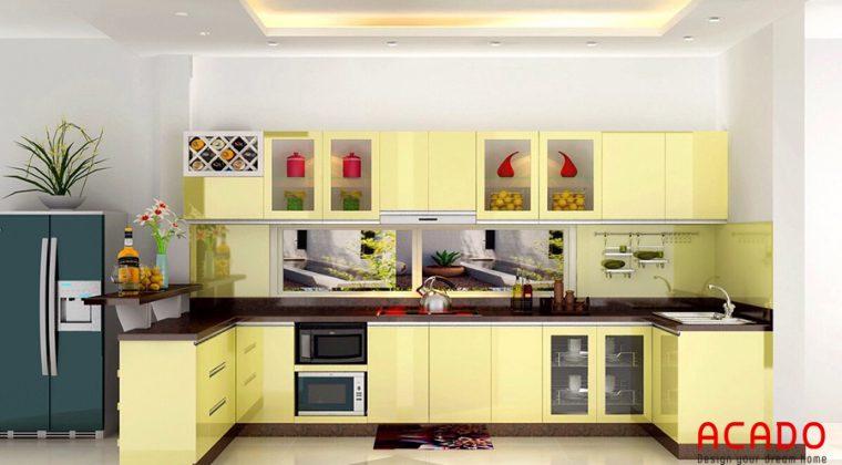 tủ bếp inox màu vàng trẻ trung hiện đại