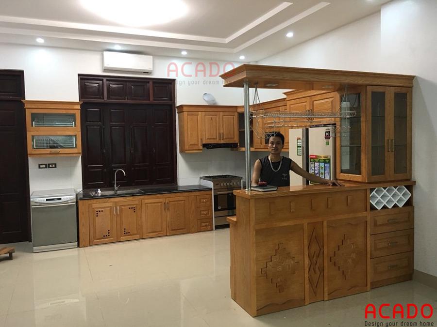 Tủ bếp với thiết kế chữ U luôn mang đến không gian rộng rãi, thuận tiện cho người nội trợ.