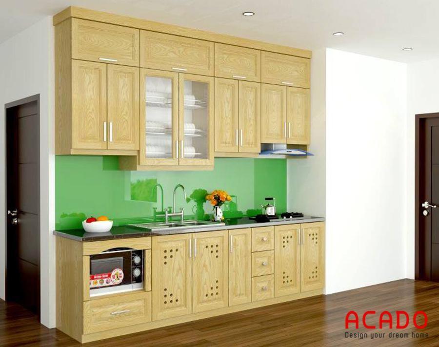 Mẫu 1 : tủ bếp gỗ sồi tự nhiên có giá khoảng 10 triệu đồng chưa tính các phụ kiện bên trong