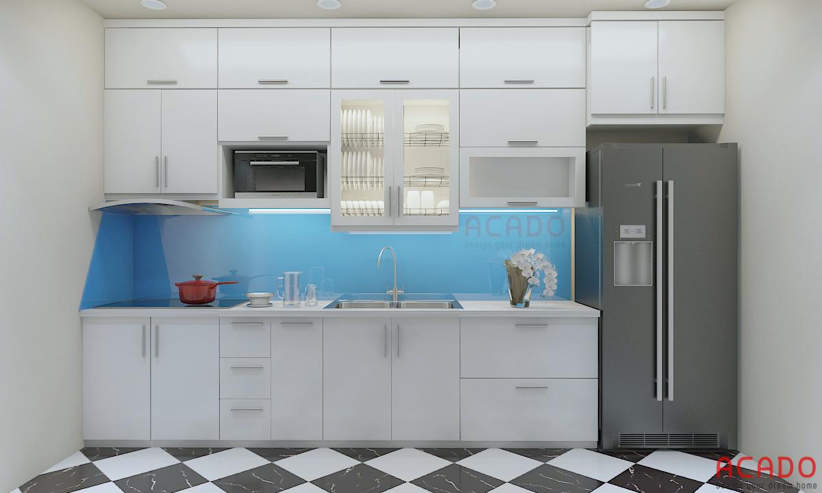 Mẫu tủ bếp Acrylic hình chữ i màu trắng đóng kịch trần tối ưu không gian sử dụng
