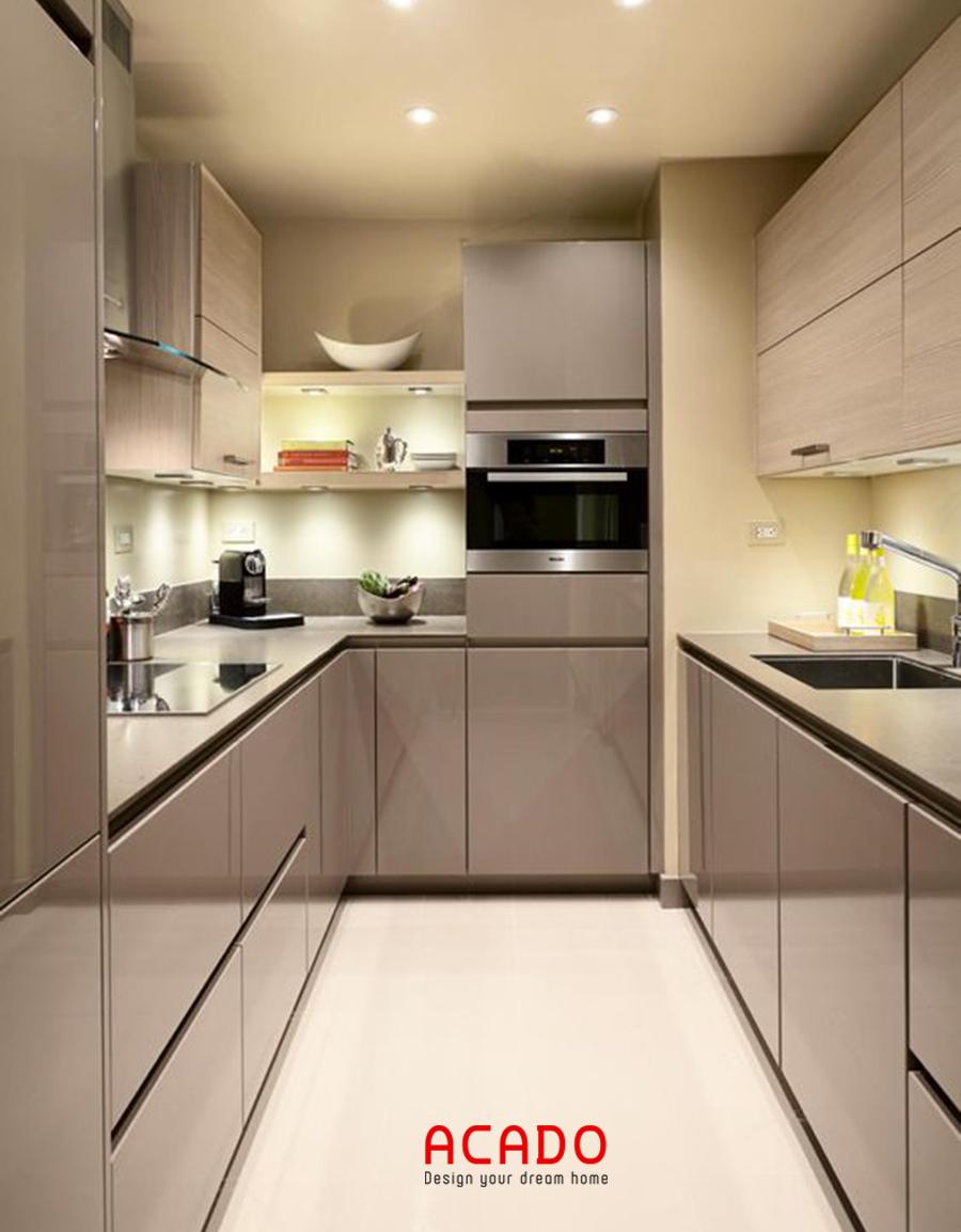 Mẫu tủ bếp Acrylic dạng đối xứng phù hợp với các căn bếp chung cư