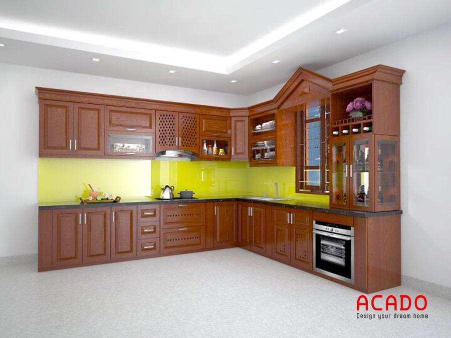 Tủ bếp gỗ xoan đào hình chữ L màu cánh dán đậm