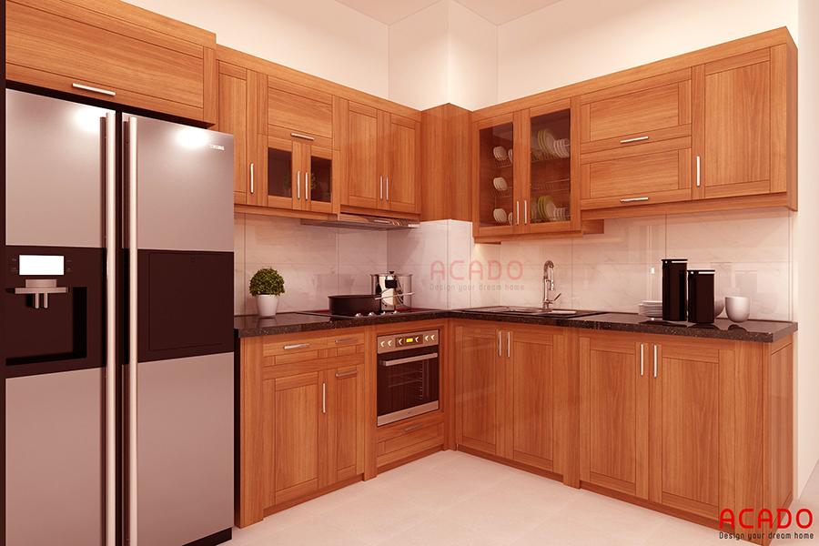 Mẫu tủ bếp gỗ tự nhiên hình chữ L tận dụng không gian góc của phong bếp