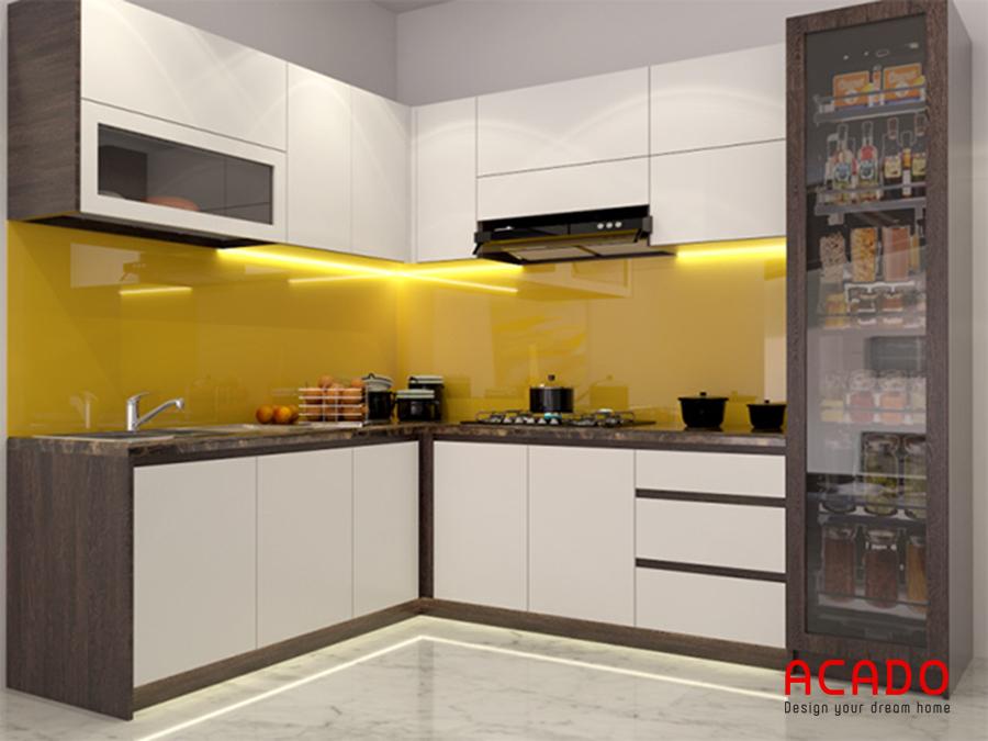 Mẫu tủ bếp hình chữ L được làm bằng chất liệu Melamine màu trắng hiện đại, trẻ trung