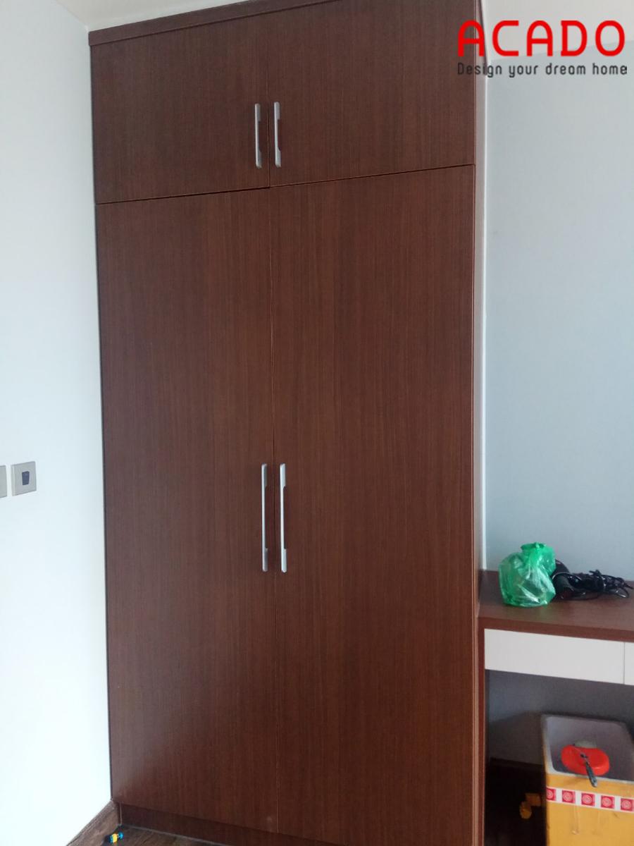 Mẫu tủ quần áo thiết kế nhỏ gọn gỗ Melamine màu vân gỗ