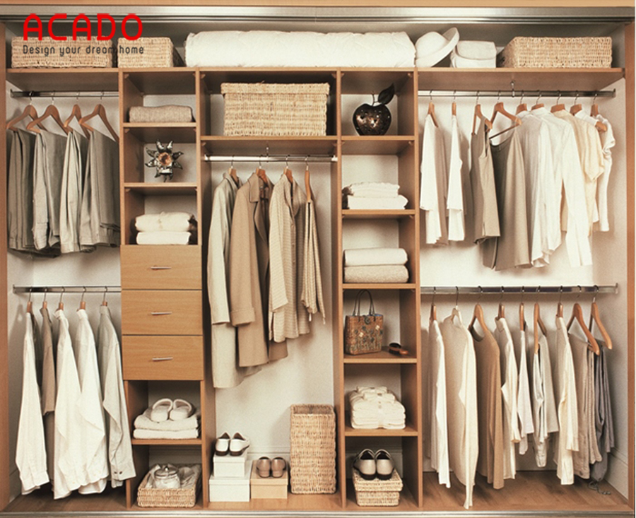 Nếu bạn sở hữu một phòng thay đồ riêng, thì mẫu tủ quần áo này là sự lựa chọn hoàn hảo