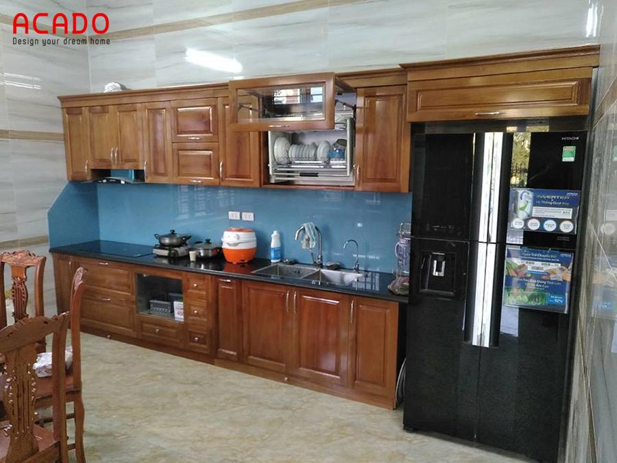 Mẫu tủ bếp inox cánh gỗ Xoan Đào sang trọng, bền đẹp với thời gian