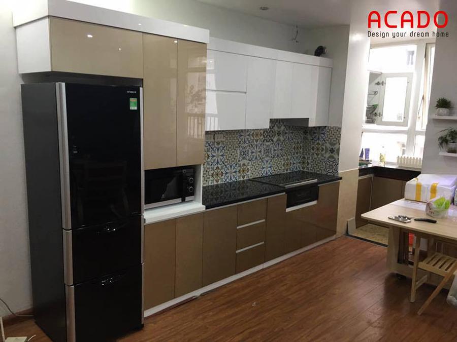 Thi công hoàn thiện tủ bếp Acrylic chữ i nhà chị Chi ở Hoàng Văn Thái