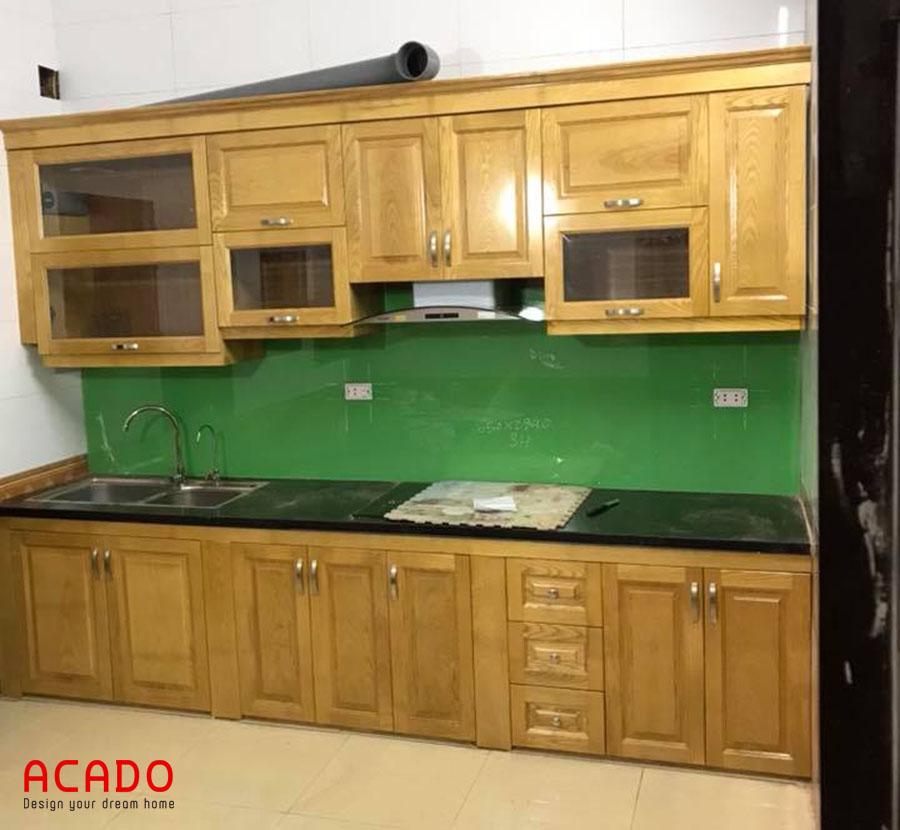Thi công hoàn thiện tủ bếp gỗ sồi hình chữ i cho gia chủ