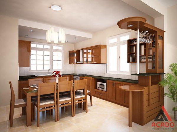 Mẫu tủ bếp gỗ sồi Mỹ hình chữ U có quầy bar sang trọng và đẳng cấp
