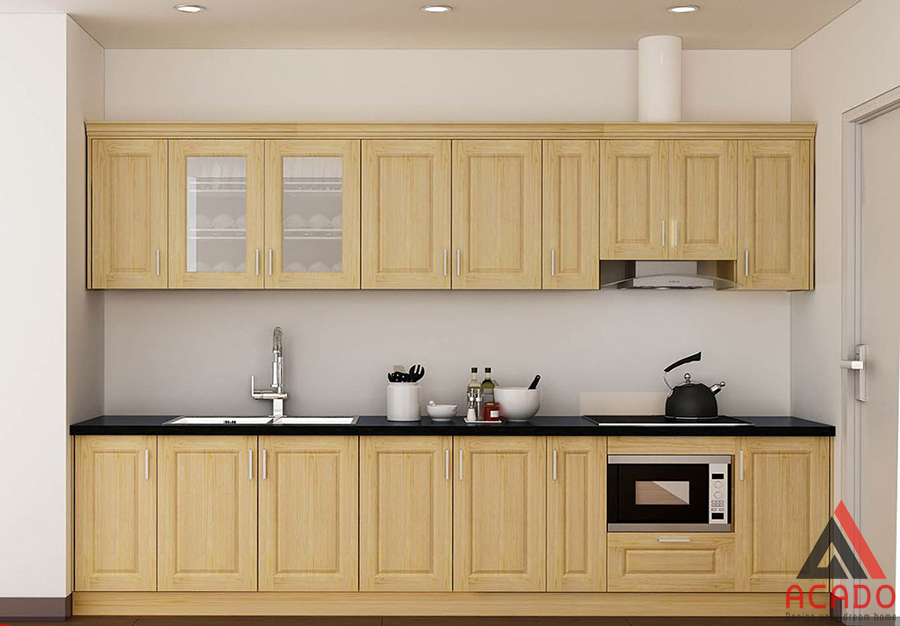 Với vẻ tươi sáng tủ bếp gỗ  sồi được nhiều gia đình lựa chọn