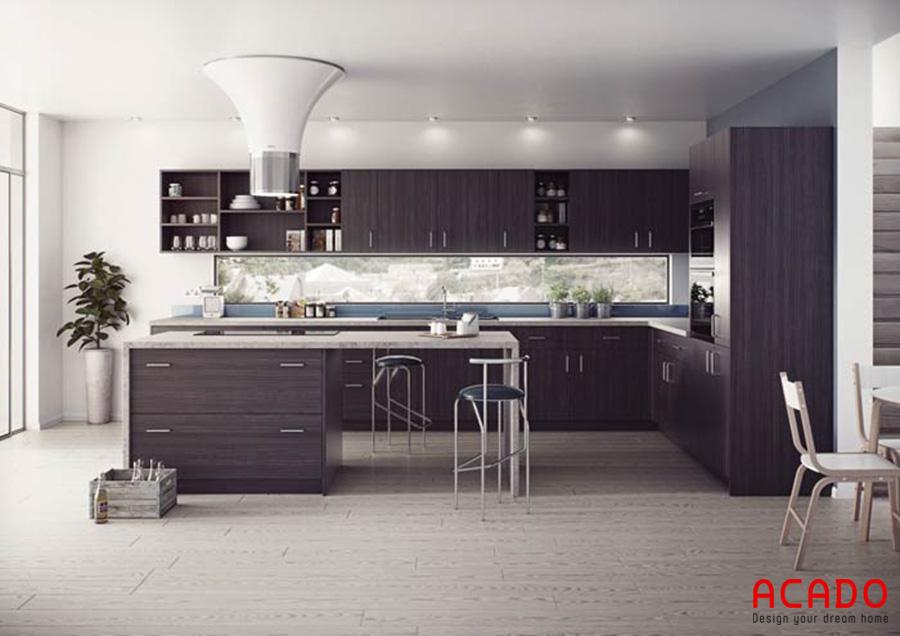 Bàn đảo được kết hợp tinh tế với tủ bếp Laminate sang trọng, hiện đại