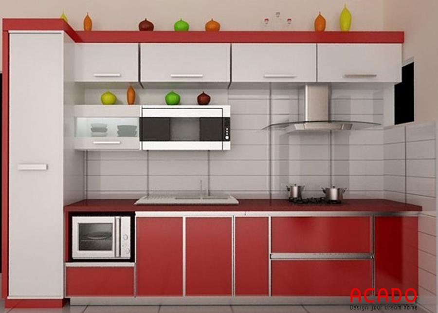 Mẫu tủ bếp inox cánh gỗ Melamine màu đỏ trắng cá tính, hiện đại