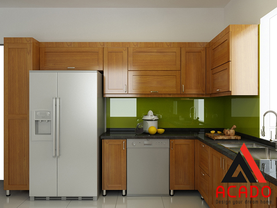 Cánh gỗ sồi Mỹ đẹp tự nhiên, thùng tủ inox siêu bền được thiết kế trong bộ tủ bếp này