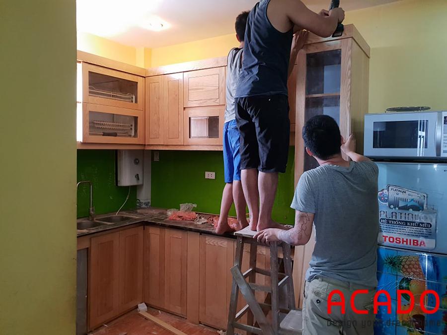 Hoàn thành tủ bếp trên.