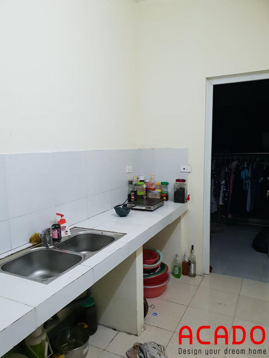 Hiện trạng căn bếp nhà anh Thảo.