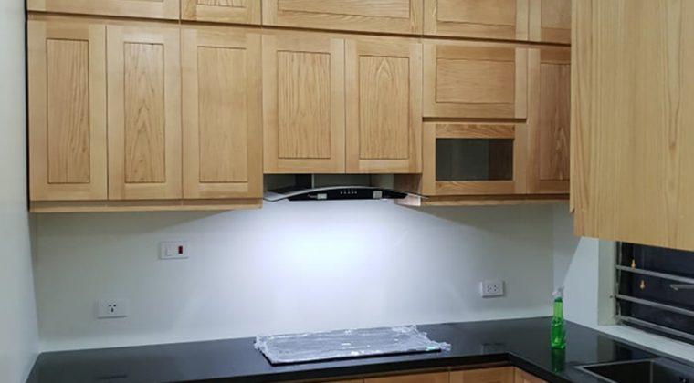 Công trình tủ bếp gỗ tự nhiên ACADO thiết kế và thi công
