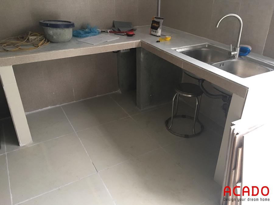 Gian bếp của gia đình chị Giang trước khi thi công tủ bếp tại Hoài Đức.