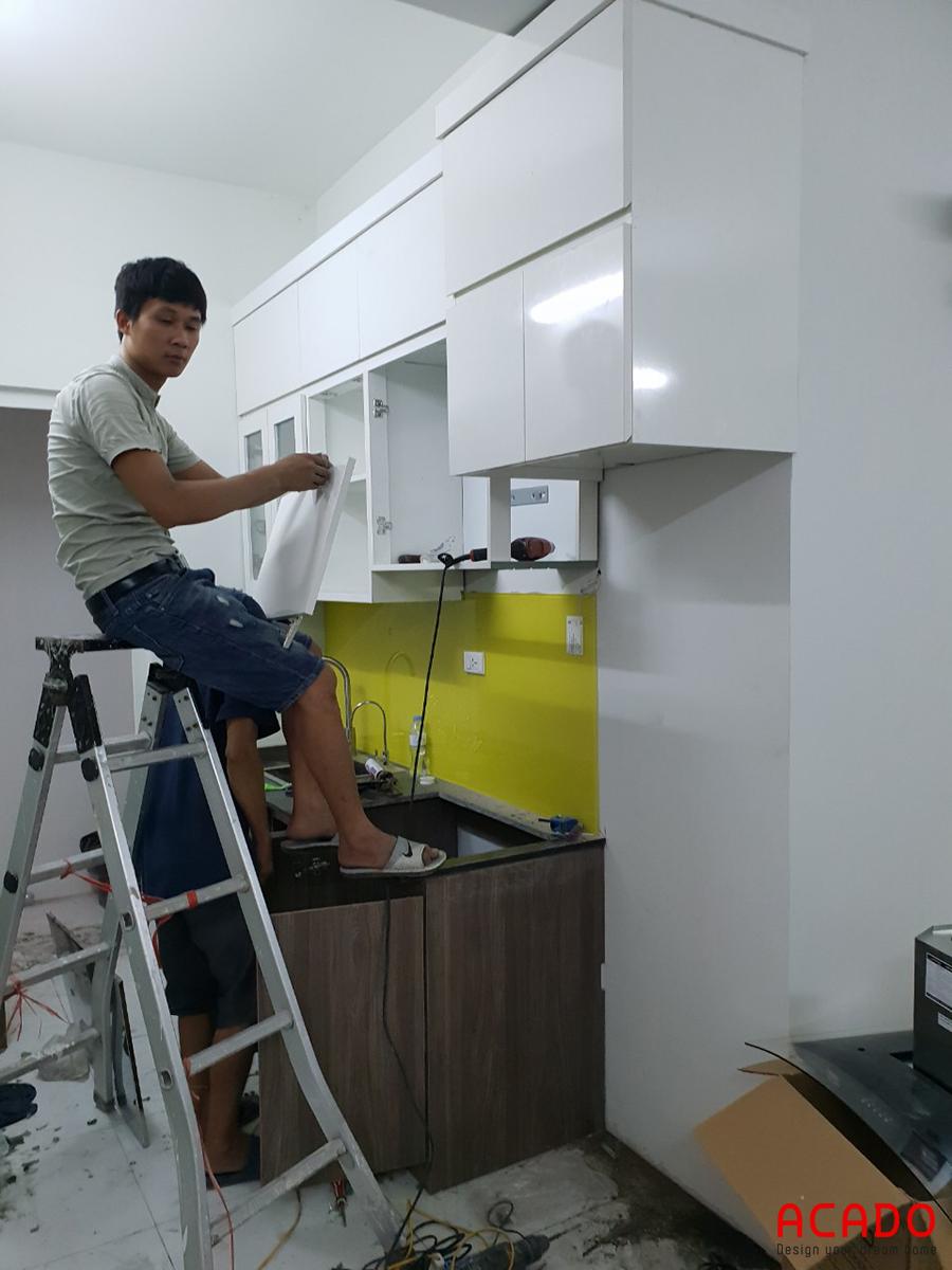 Tủ bếp thiết kế theo dạng chữ I phù hợp với không gian bếp có diện tích khiêm tốn.