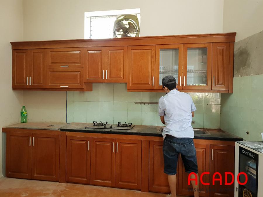Tủ bếp gỗ xoan đào Acado thi công tại Phú La - Hà Đông