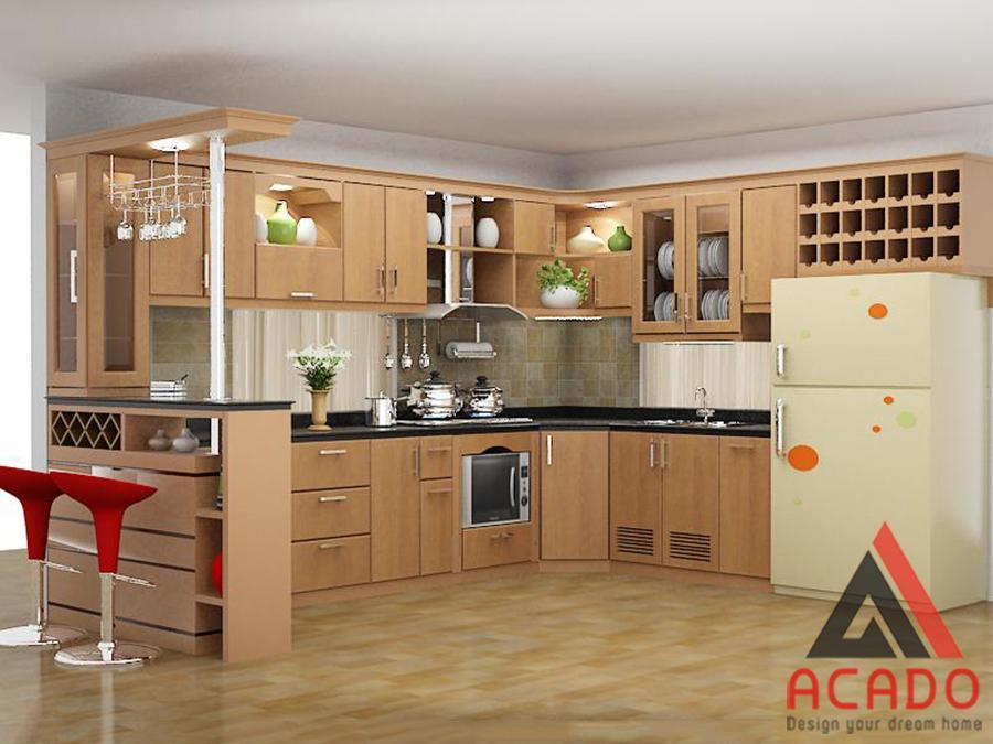 Tủ bếp gỗ sồi Nga kết hợp quầy bar đẹp mắt.