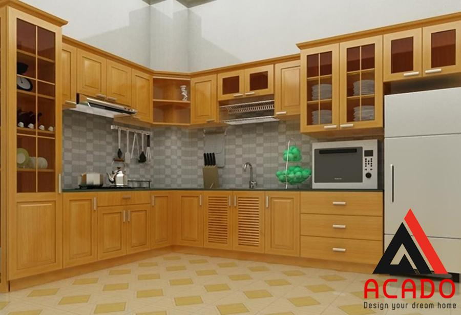 Tủ bếp được thiết kế theo dáng chữ L đầy đủ tiện nghi.