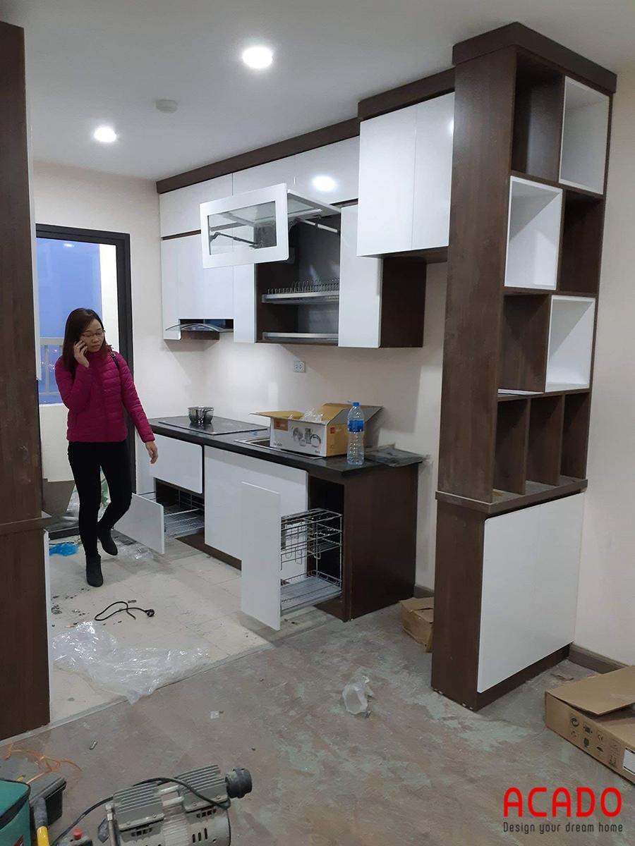 Tủ bếp picomat ACADO đang đi tới những bước hoàn thiện.