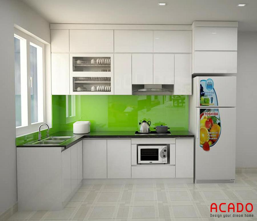 Tủ bếp MDF với thiết kế kịch trần.