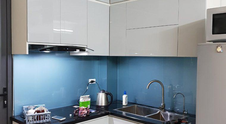 Tủ bếp Picomat cánh Laminate mang đến không gian bếp sang trọng, hiện đại