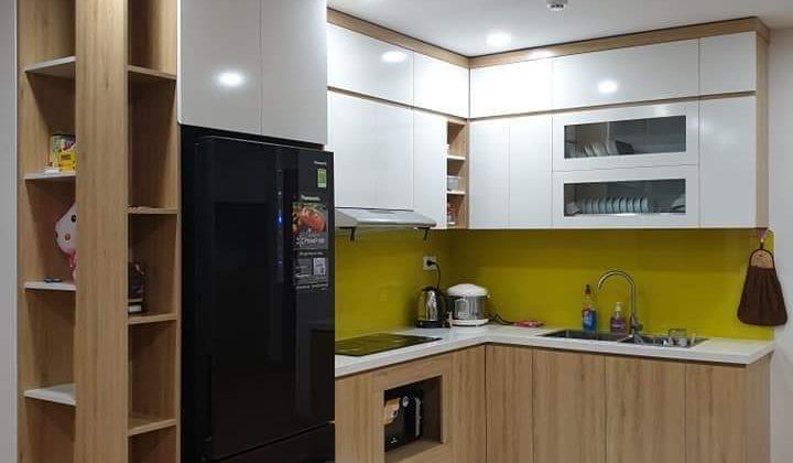Tủ bếp Melamine với thiết kế thông minh sát trần tiện lợi
