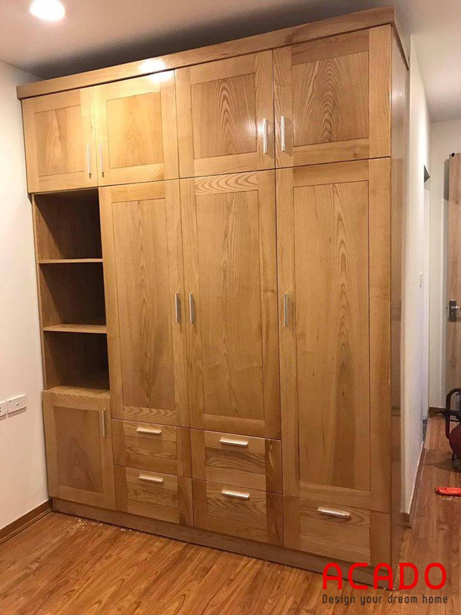 Mẫu tủ quần áo gỗ tự nhiên được thiết kế nhiều ngăn.