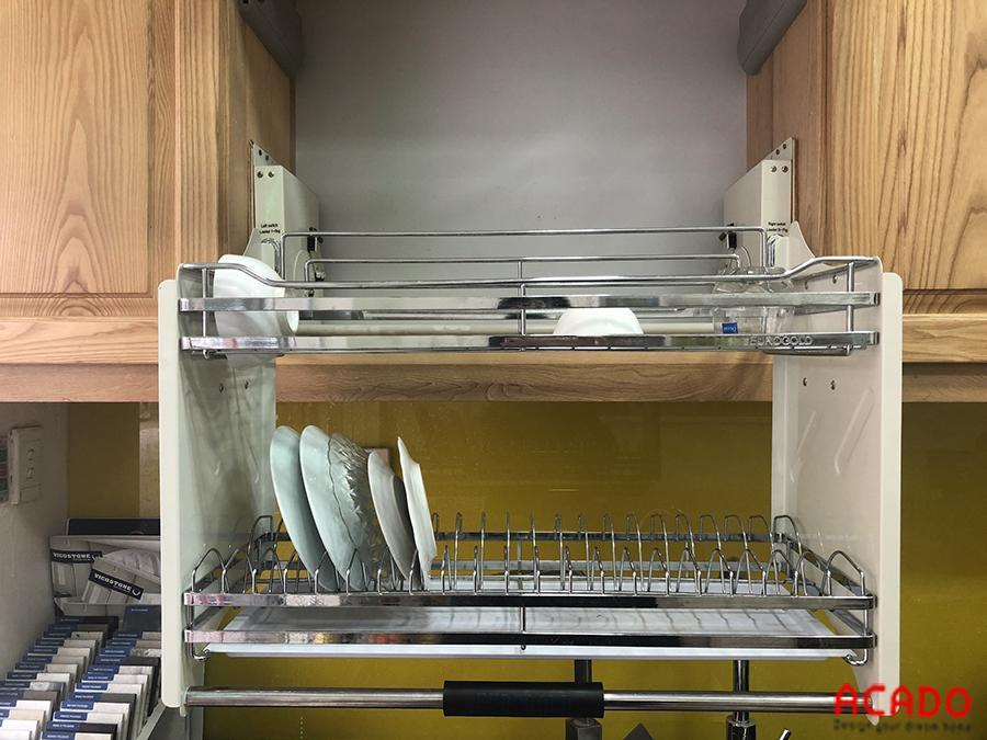 Gía bát nâng hạ Eurogold giúp dễ hơn trong việc cất hoặc lấy bát đĩa.