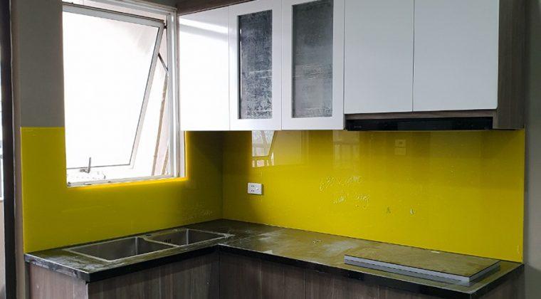 Tủ bếp nhà anh Huy sau khi đã thi công hoàn thiện.
