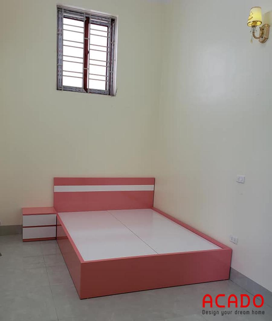 Giường ngủ gỗ công nghiệp Melamine màu hồng cho trẻ em.
