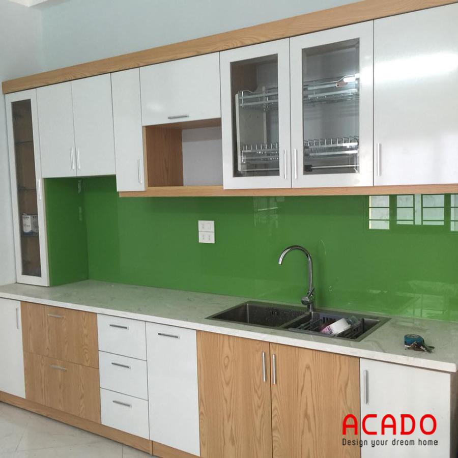 Tủ bếp gỗ công nghiệp Laminate cho chung cư.