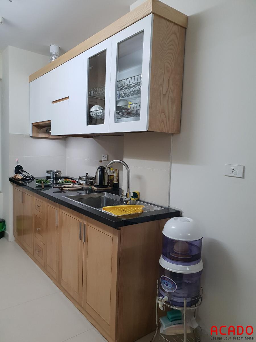 Tủ bếp gỗ công nghiệp Melamine nhỏ cho chung cư.