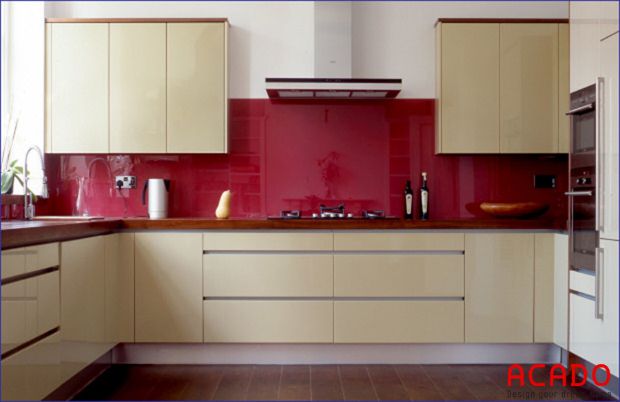 Kính bếp màu đỏ mận cho người mệnh Hỏa - nội thất Acado cung cấp kính bếp hợp phong thủy, giá rẻ nhất Hà Nội.