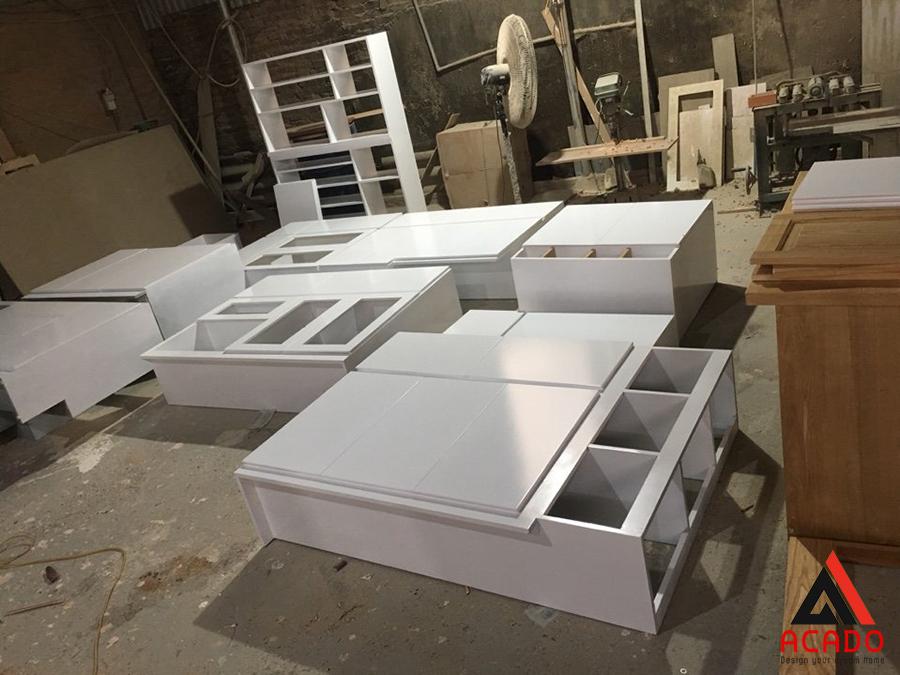 Khu vực thi công nhựa cao cấp tại xưởng sản xuất