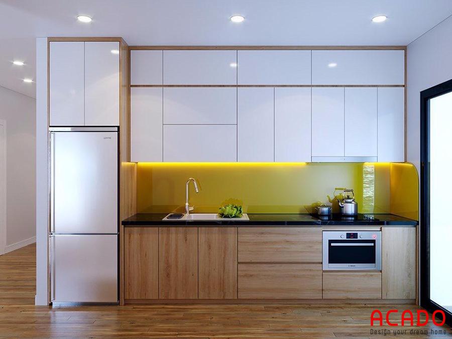 Tủ bếp Acrylic tone trắng kết hợp màu vân gỗ ấm cúng- sang trọng.