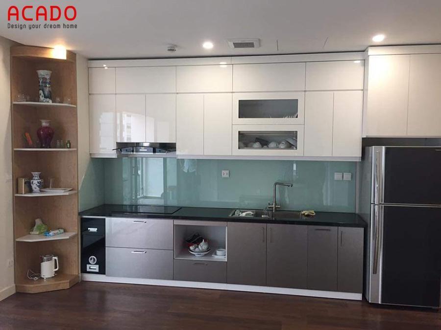 Tủ bếp sát trần là sự lựa chọn thông minh cho gian bếp nhỏ hẹp