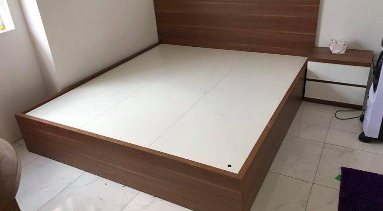 Giường ngủ Melamine màu vân gỗ sang trọng, hiện đại