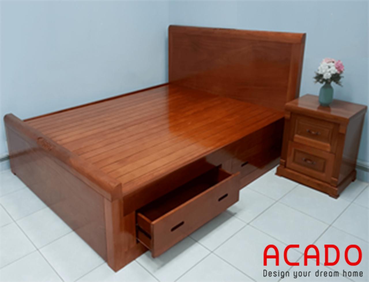 Giường ngủ gỗ xoan đào tự nhiên mang đến cảm giác ấm cúng, gần gũi