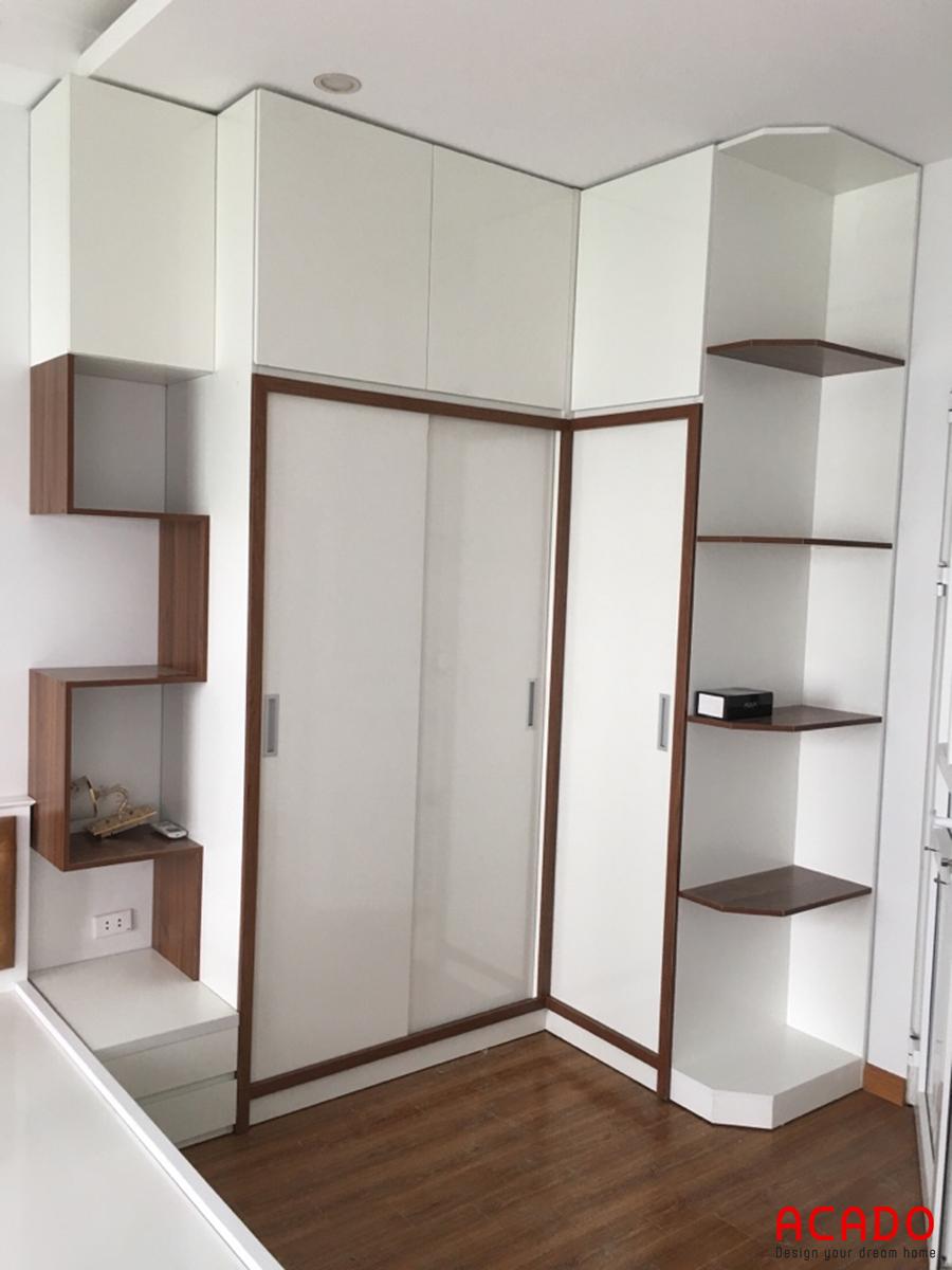 Tủ quần áo kiểu dáng đơn giản nhưng lại rất hiện đại, trẻ trung cho không gian phòng ngủ của bạn
