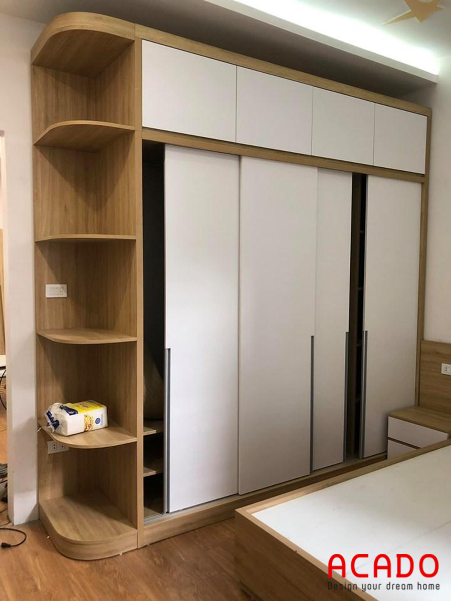 Tủ quần áo kết hợp thêm đợt trang trí giúp bạn thoải mái trang trí cho căn phòng thêm lung linh