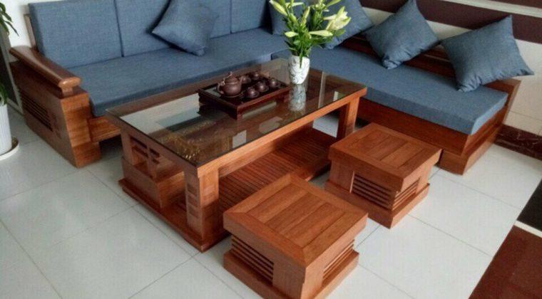 Ghế Sofa gỗ xoan đào có thêm đệm nỉ thoải mái khi sử dụng